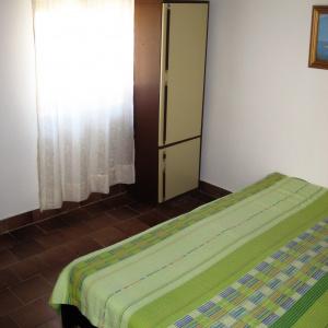 2 krevet sprat 2