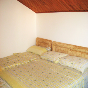 3a krevet sprat 2
